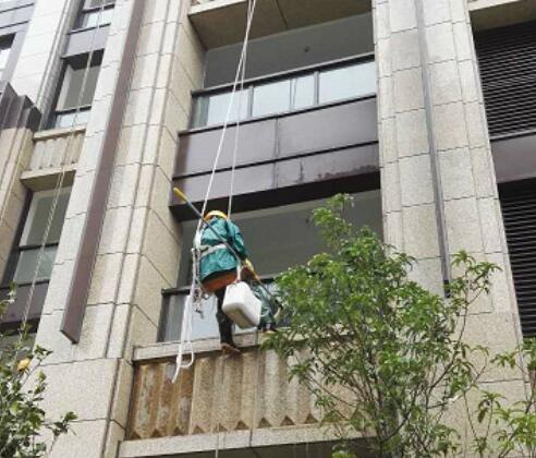 欧式高层住宅楼宇外墙清洗