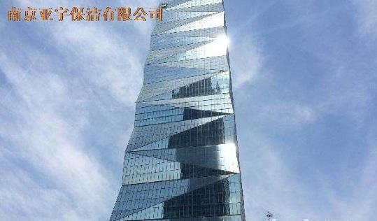 金奥大厦幕墙玻璃更换
